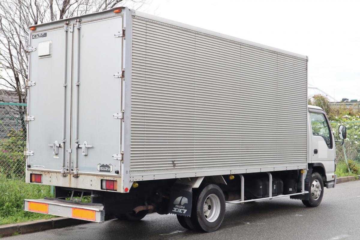 中古トラック H17年式 ワイド超ロング 6MT アルミバン