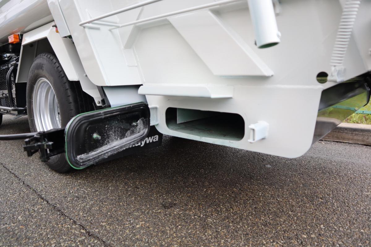 中古トラック H29年式 新明和 容積 4.3㎥ 塵芥車