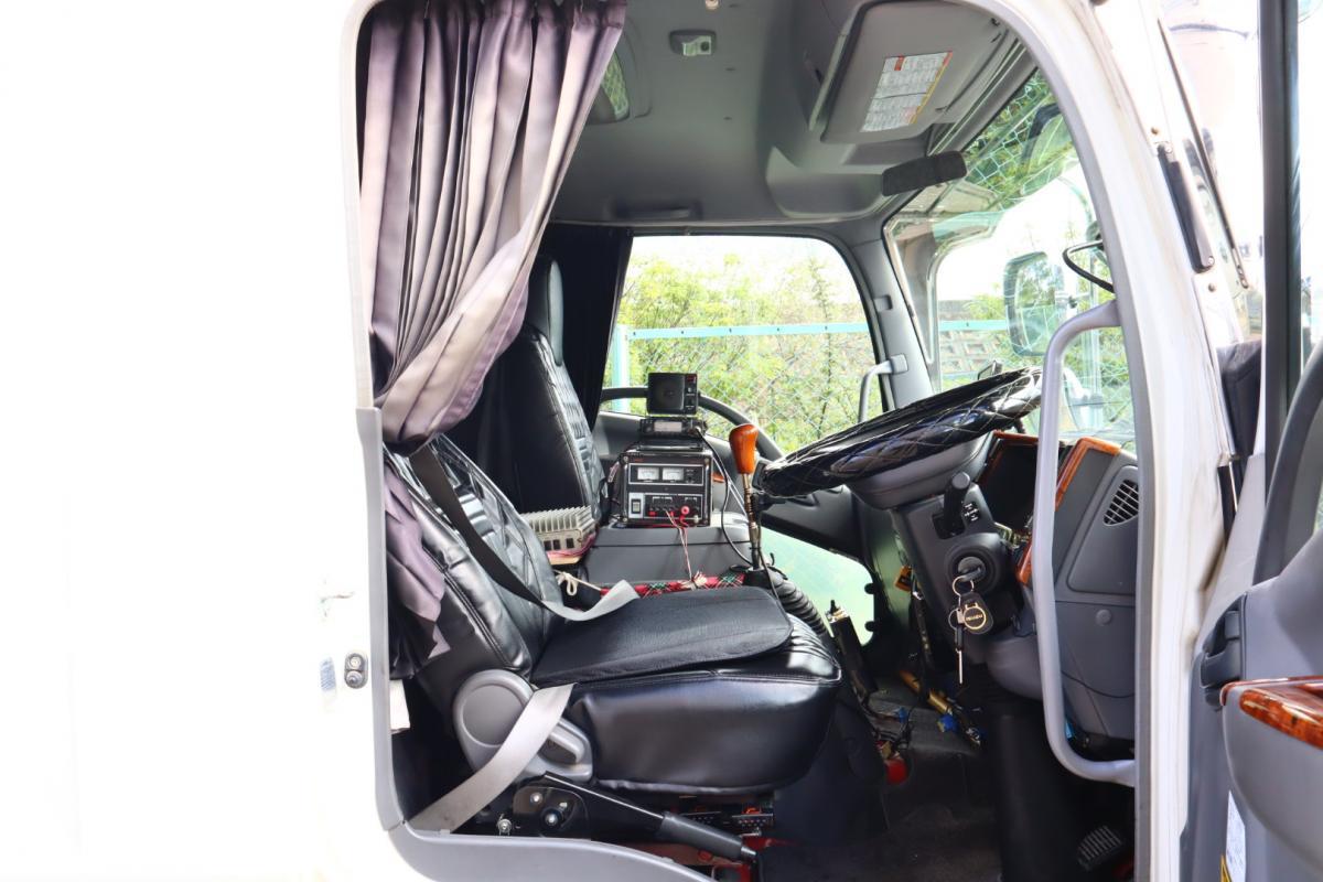 中古トラック H20年式 美車希少! 6M/T 検査付 ベット付ダンプ