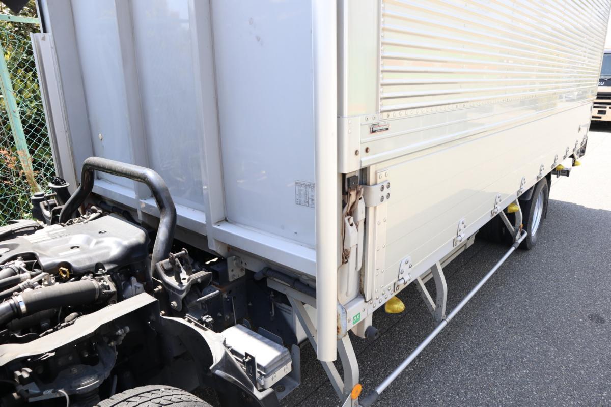 中古トラック H25年式 ワイド超ロング 検査付 積載2t アルミウイング